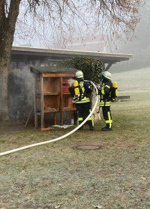 30.11.2020: Brand eines Insektenhotels